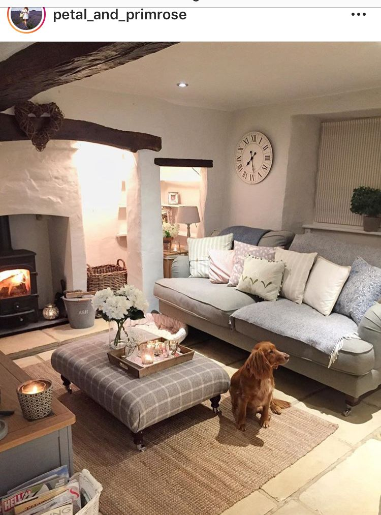 Pin By Cecilia Candeloro On Lounge Ideas Cottage Living Rooms Cosy Living Room Living Room Decor Country