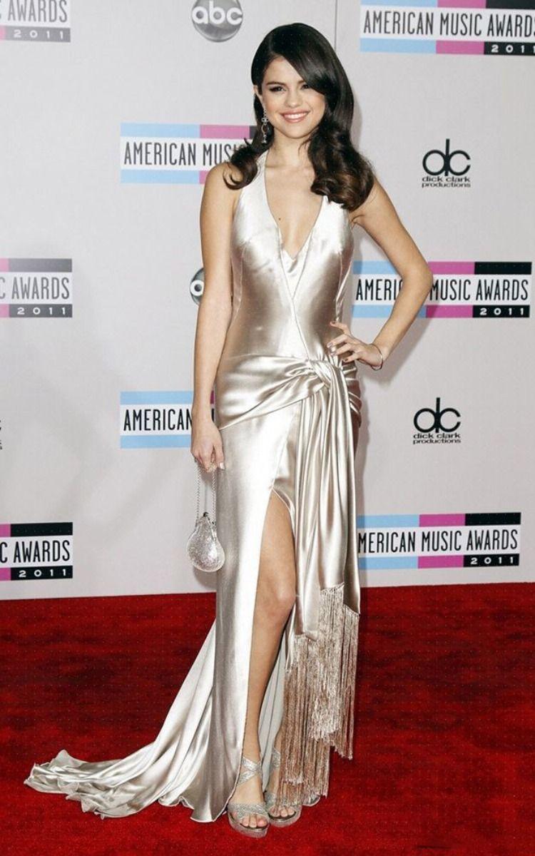 Selena Gomez 2011 American Music Awards Prom Dress Red Carpet