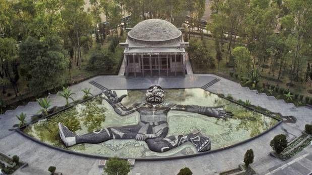 Carcamo De Dolores Y La Fuente De Tlaloc Vacaciones En Mexico Viajes En Mexico Ciudades
