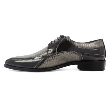 Check out the Graziano Bike Toe Oxford by Stacy Adams - for true men of style and distinction. www.stacyadams.com
