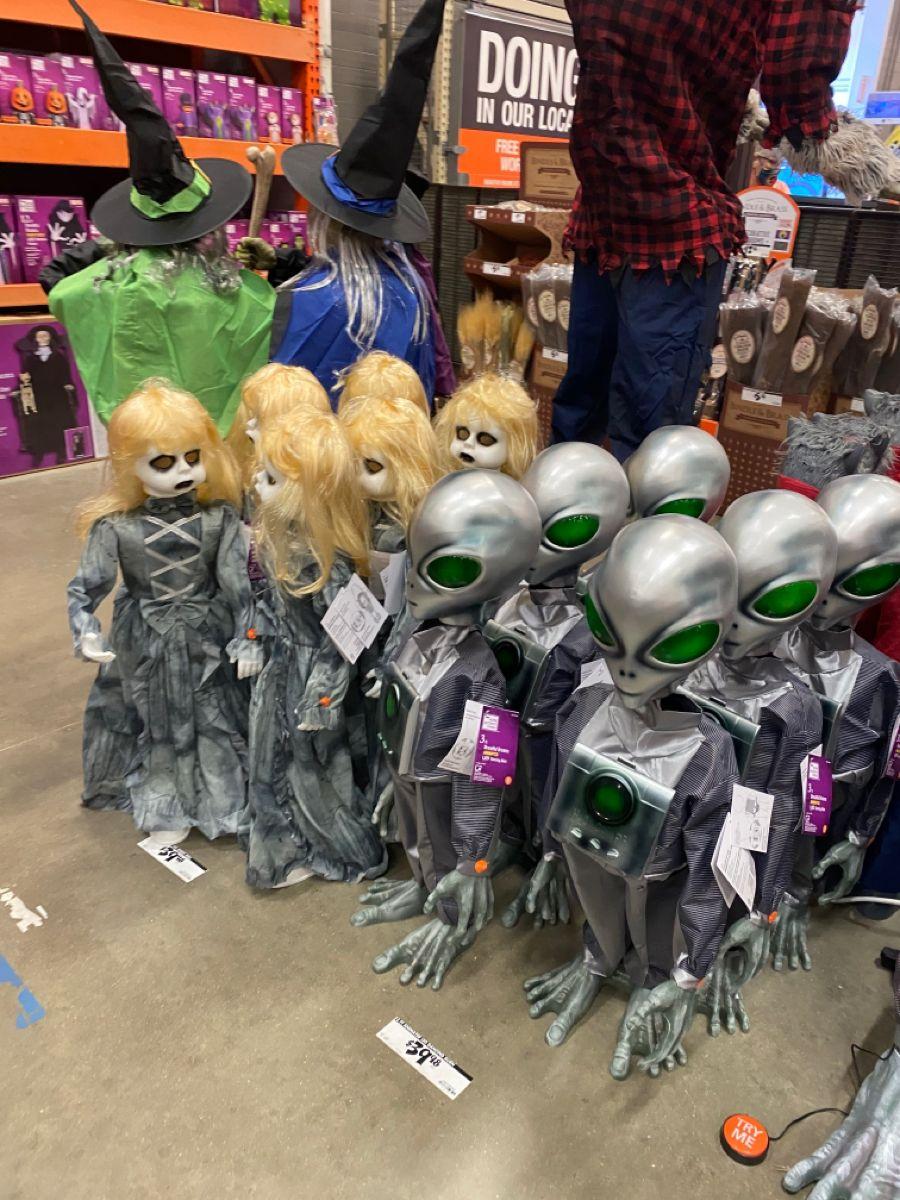 Home Depot Halloween Decor In 2020 Home Depot Halloween Halloween Decorations Home Depot
