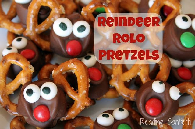 Easy Reindeer Rolo Pretzels What S Your Favorite Christmas Treat