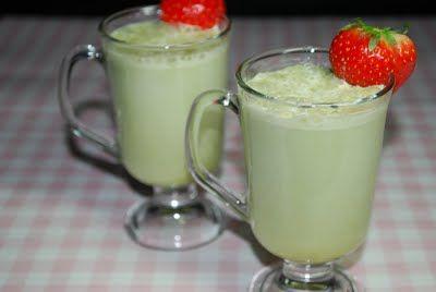Yummy Indulgences: Elaine's Kitchen: Matcha Milk