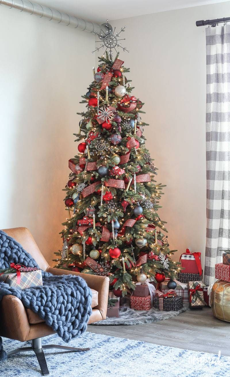 Stratford Spruce Artificial Christmas Tree Balsam Hill Modern Christmas Tree Modern Christmas Decor Country Christmas Decorations
