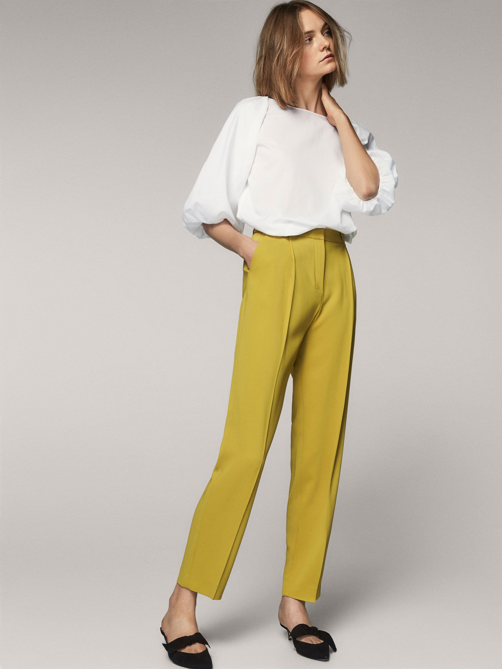 d3febb441b4 Fall Winter 2017 Women´s FLOWING TROUSERS WITH DARTS at Massimo Dutti for  110. Effortless elegance!