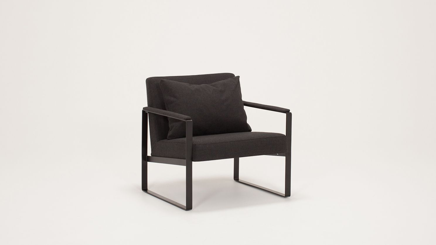 Ch.2 Alt-- Ian Lounge Chair | EQ3 Modern Furniture | Incubate ...
