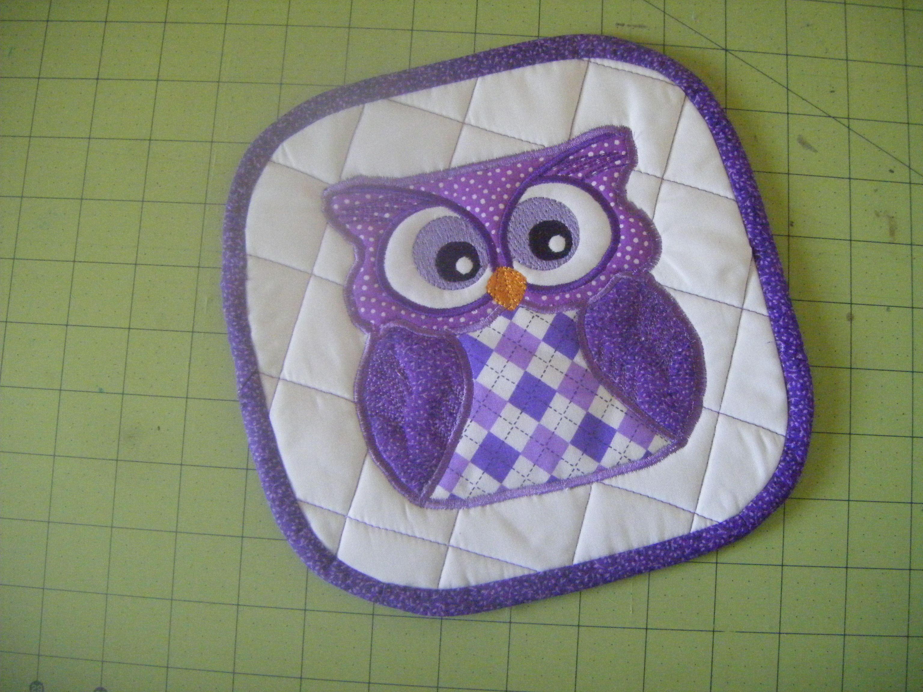 free+cute+animal+appliques+for+pot+holders | Owl pot holder. Quilted ...