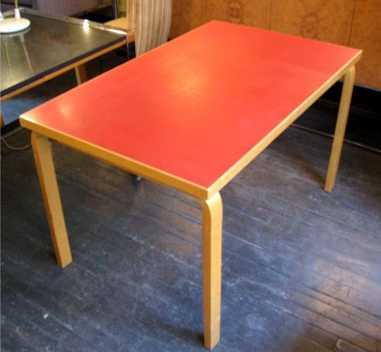 Red Aalto Table