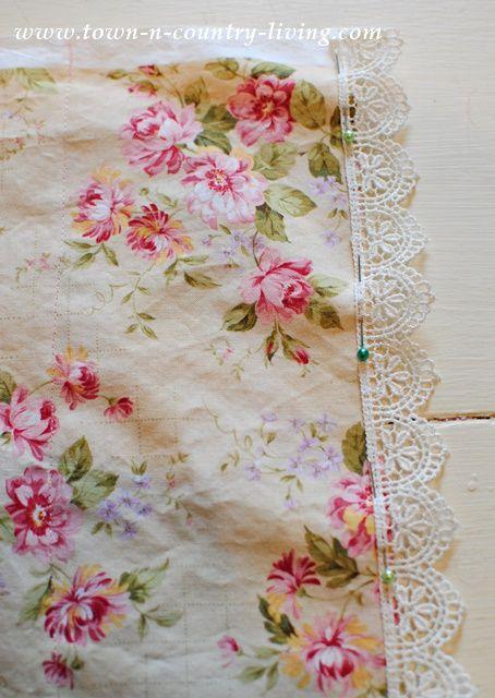 DIY Vintage Style Pillow Cases & DIY Vintage Style Pillow Cases | Vintage Make your and Pillows pillowsntoast.com