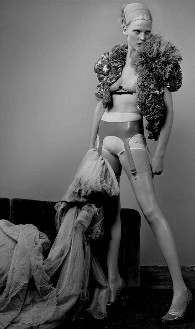 nothingpersonaluk: Lara Stone in 'White Light White Heat' Photographer: Mario Testino Bolero and dress: Givenchy Haute Couture S/S 2007 Vogue UK May 2007