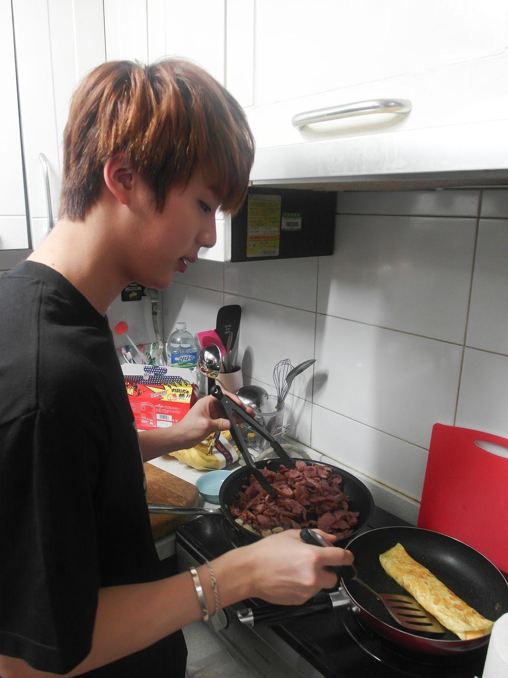 seokjin cooking zara safia za