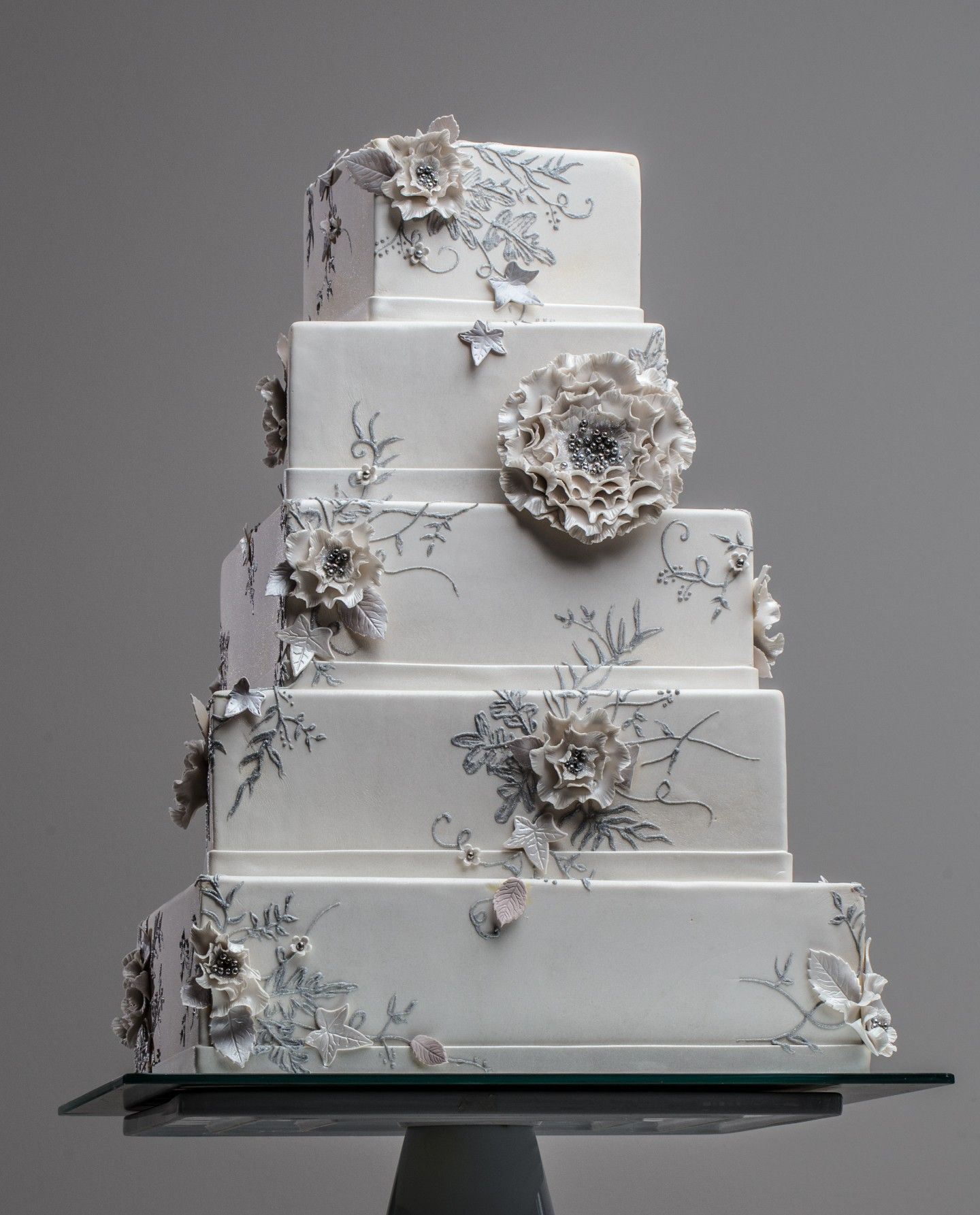 Beautiful wedding cakes by house of clarendon weddingcakes love