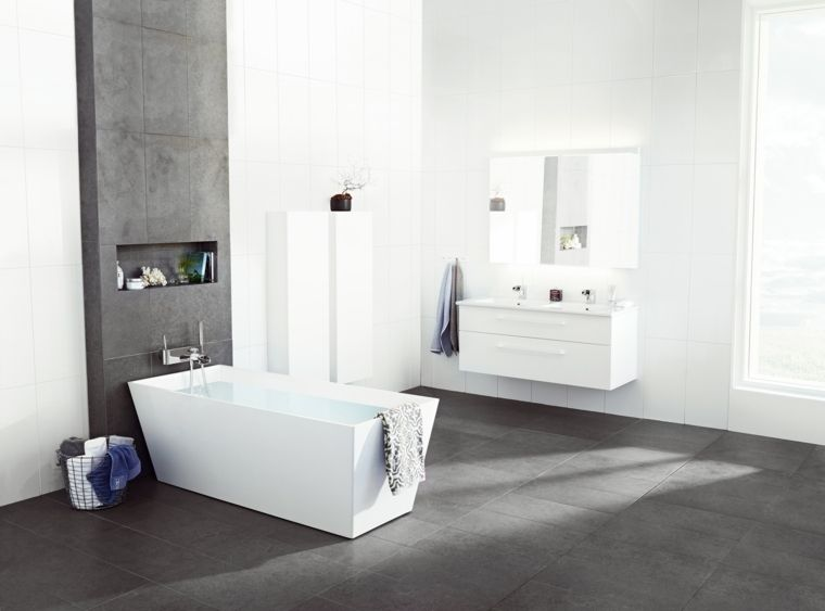 Rivestimenti bagni moderni immagini con piastrelle di colore grigio