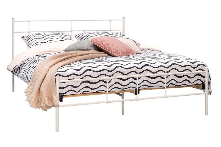 Eenpersoonsbed Met Metalen Frame.Bed Xam In 2019 Valentijnsdag Beddenreus Bed Bed Frame En