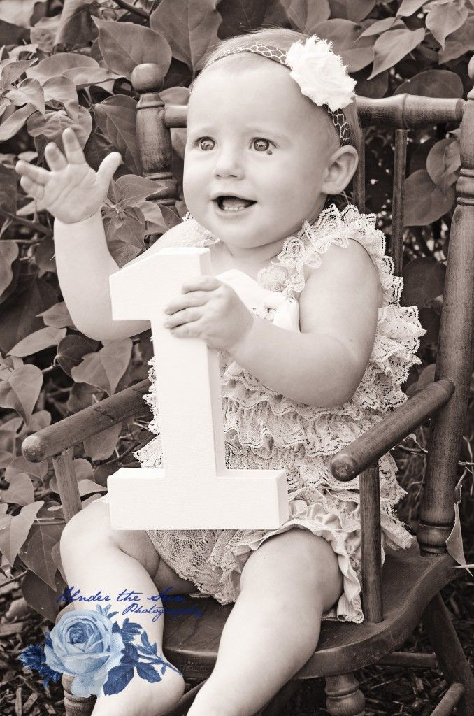 Black & White - 1 year old Photo Shoot - Under the Sun Photography