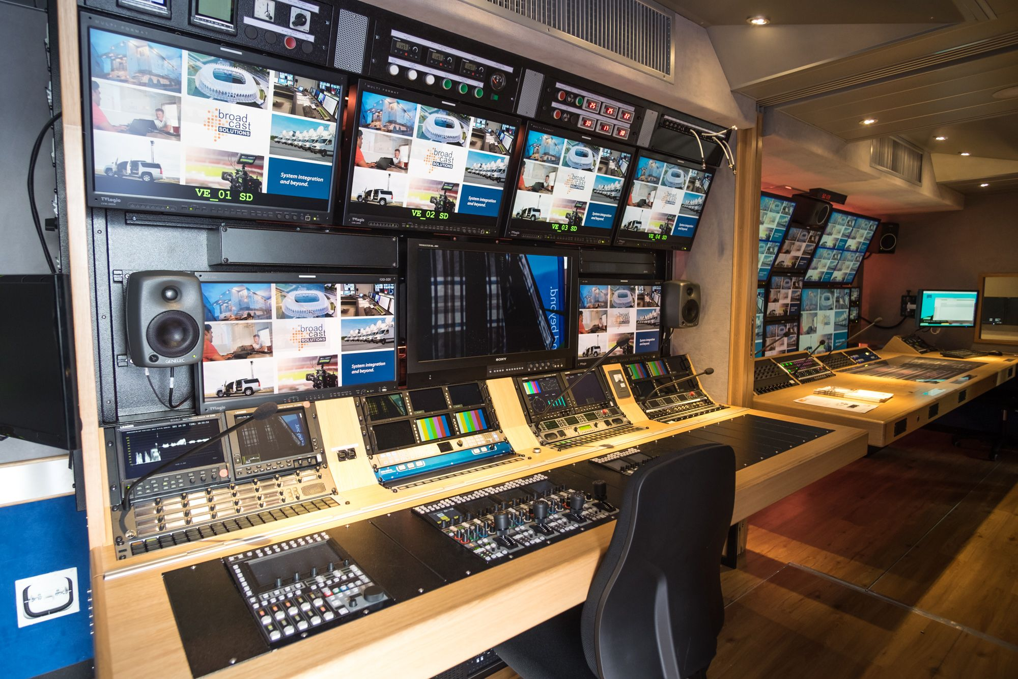 South Korean Broadcaster SBS commissioned the world's first 12G-SDI UHD OB Van by Broadcast Solutions. #RIEDEL products, such as the latest generation Artist Intercom incl. the SmartPanel, MediorNet as a flexible stagebox solution and RiFace as wireless talkback, are integrated into the new truck.