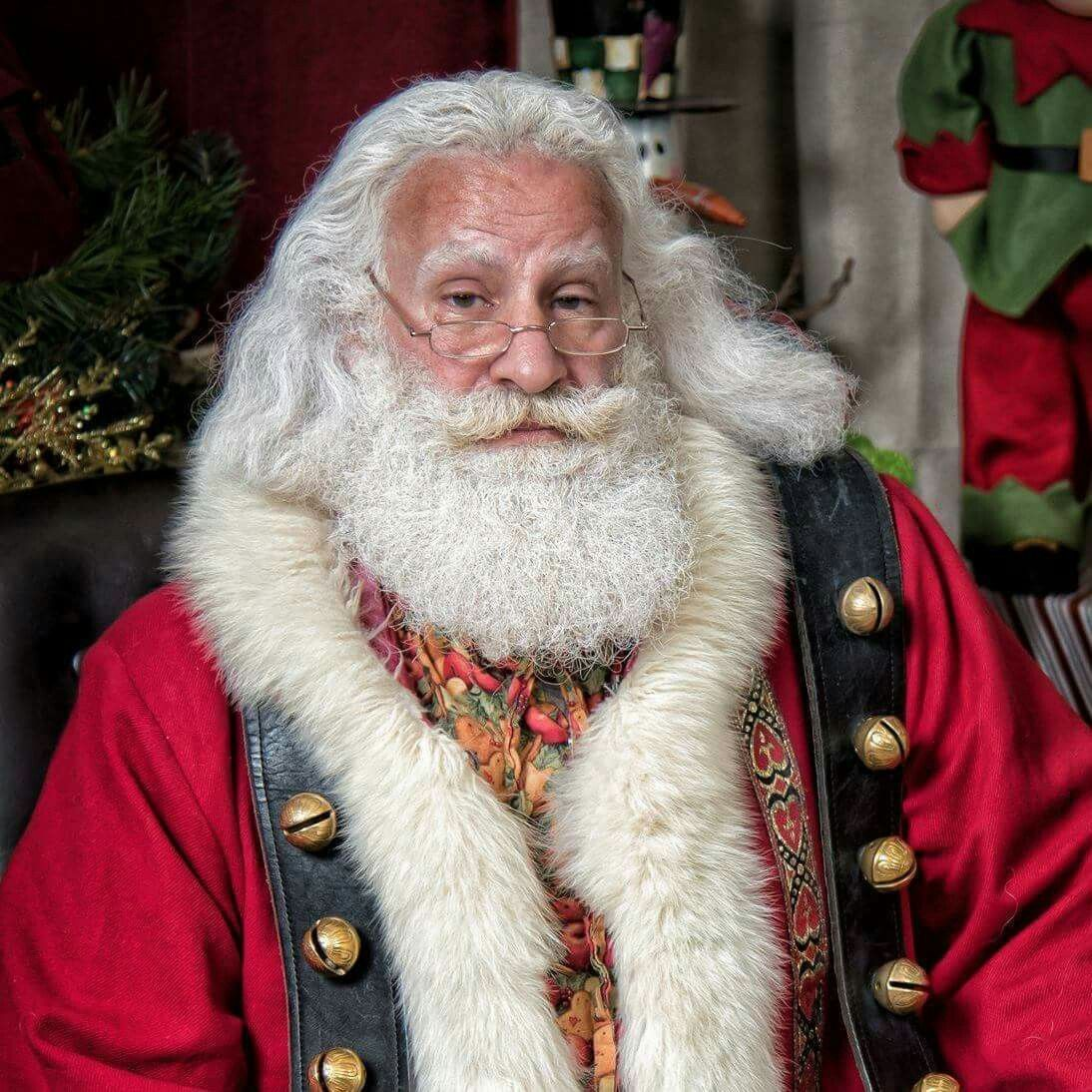 This Guy Legally Changed His Name To Santa Claus Santa Suits Santa Claus Suit Father Christmas