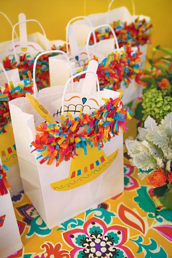 Ideas De Dulceros Para Fiestas Infantiles With Images Fiesta Party Favors Mexican Birthday Parties Fiesta Birthday Party