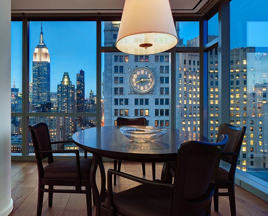 Small Dining E In The Corner With New York City S Sparkling Skyline As Backdrop