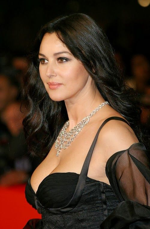 Actress MONICA BELLUCCI at