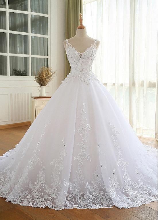 Magbridal Luxus Tüll V-Ausschnitt Ausschnitt Ballkleid Brautkleider Mit Perlen Spitze Appliques #spitzeapplique