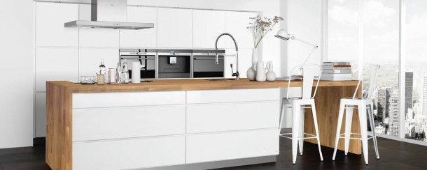 Hoogglans Witte Keuken Met Houten Blad : Houten Keukenkasten op Pinterest White Granite Countertops