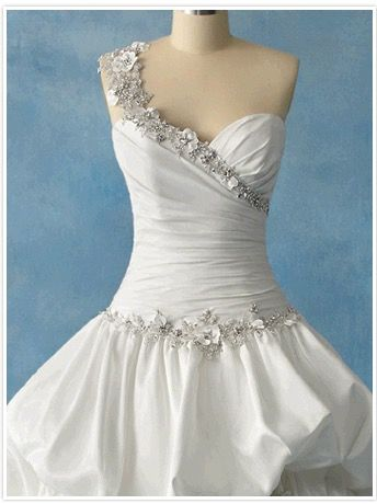 2011 Disney Princess - Tiana Dress: Front Bodice | Disney Wedding ...