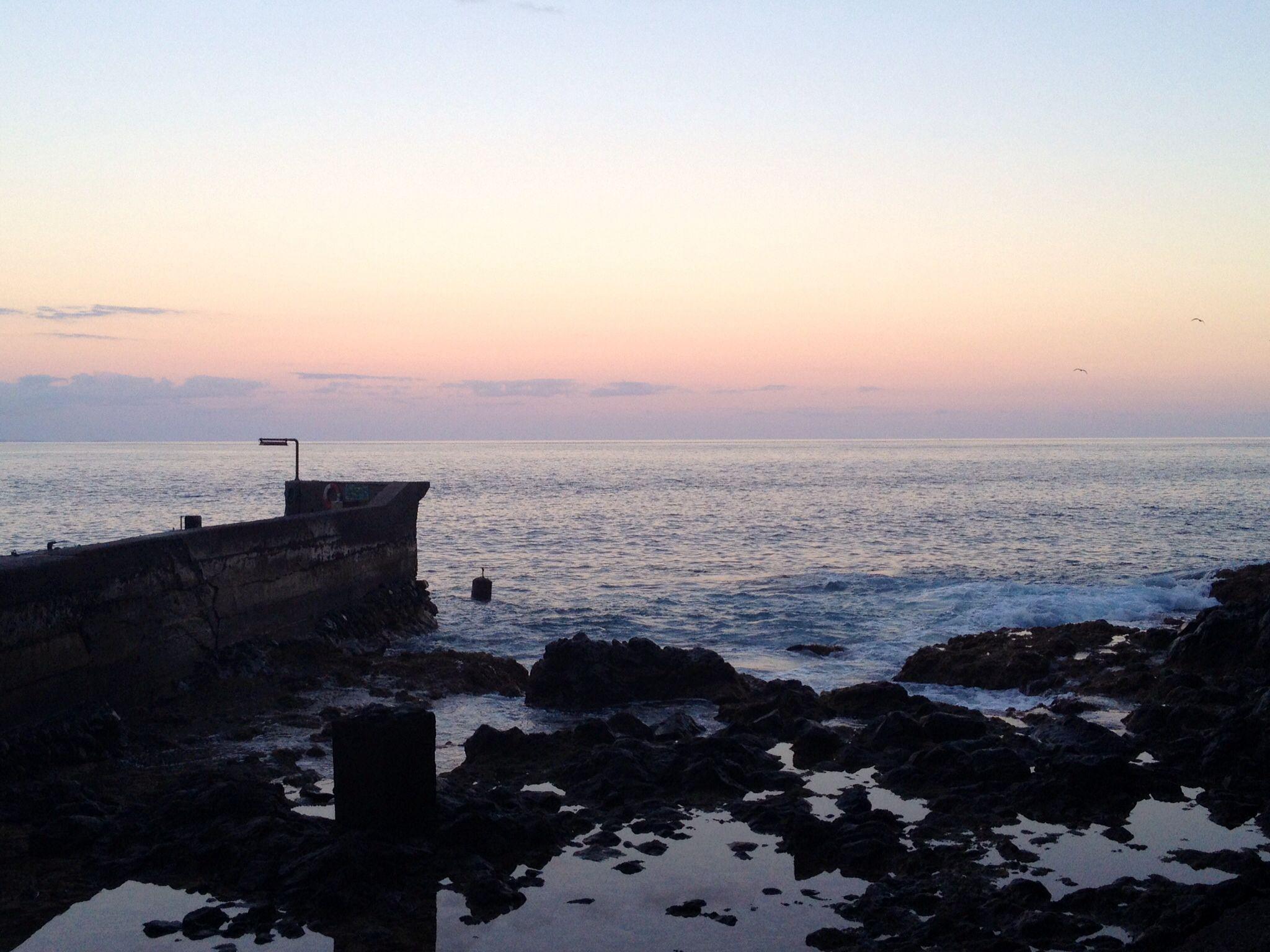 Atardecer en el desembarcadero de la Playa del Cabrito ( La Gomera )
