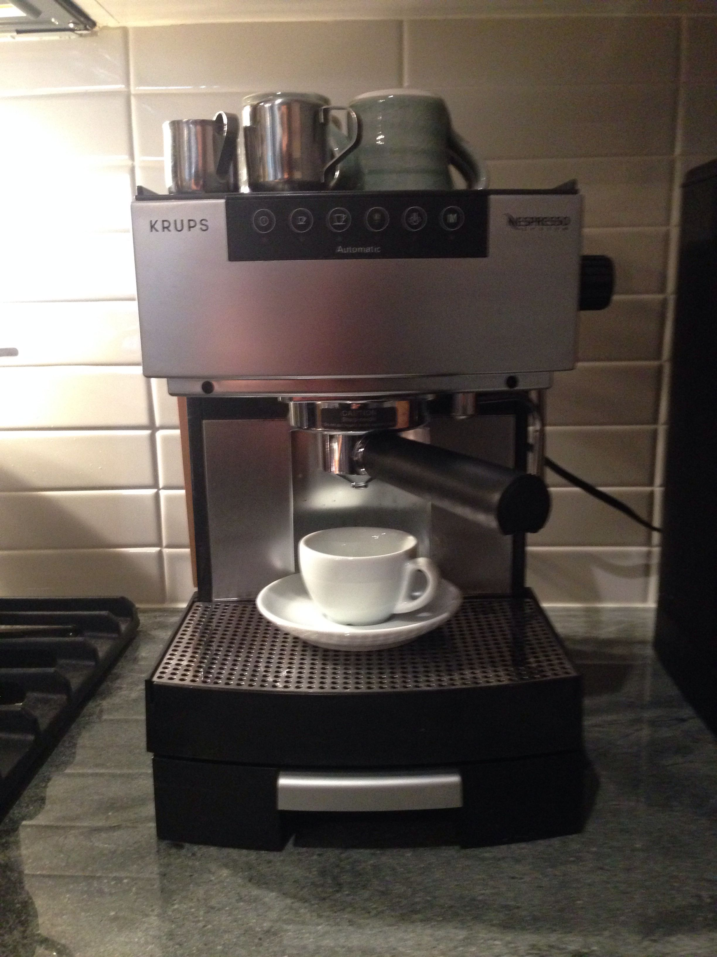 Krups Nespresso 554 A Over 13 Years Old And Still Brewing Krups Nespresso Coffee