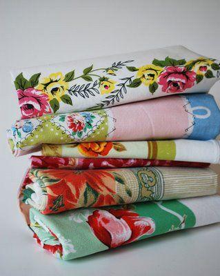 Vintage Table Linens ((love Vintage Fabrics Especially Bark Cloth U0026 Flour  Sack Fabric))