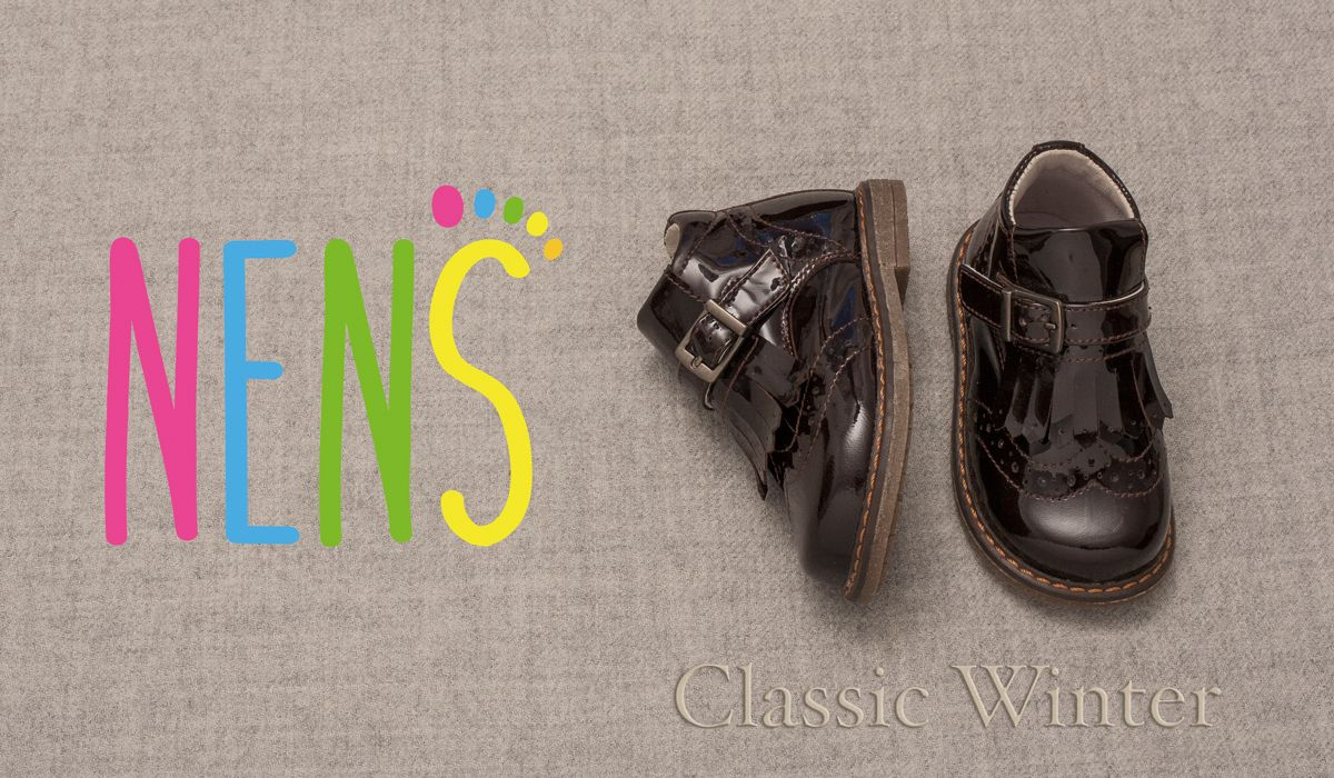 CLASSIC WINTER 2018 WITH NENS Classic booties in patent leather with fringe -and buckle details and a leather interior #nens #calzadoinfantil #kidsshoes #kidsfashion #childrenshoes #brogue