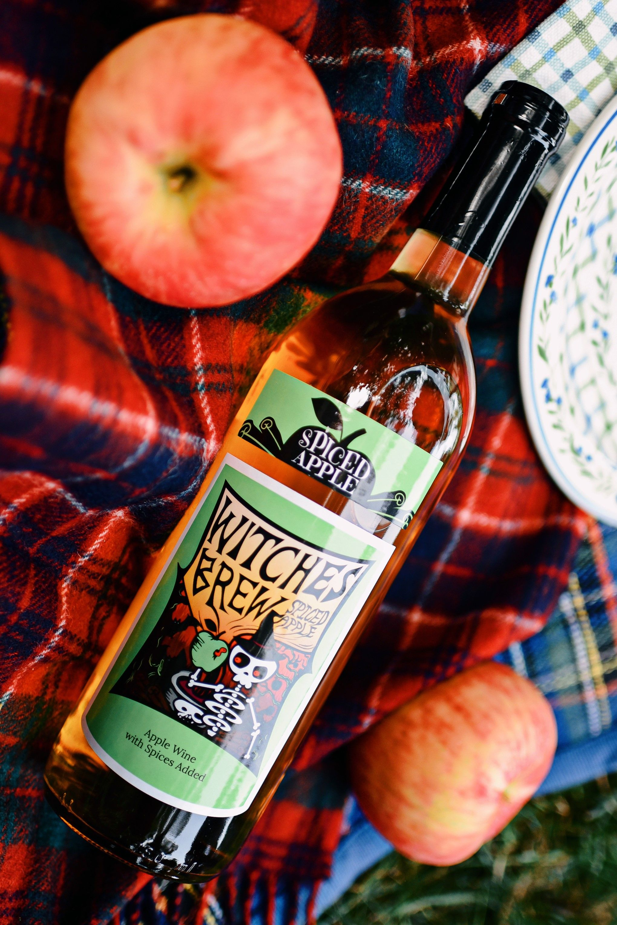 Witches Brew Spiced Apple In 2020 Apple Wine Spiced Apples Witches Brew