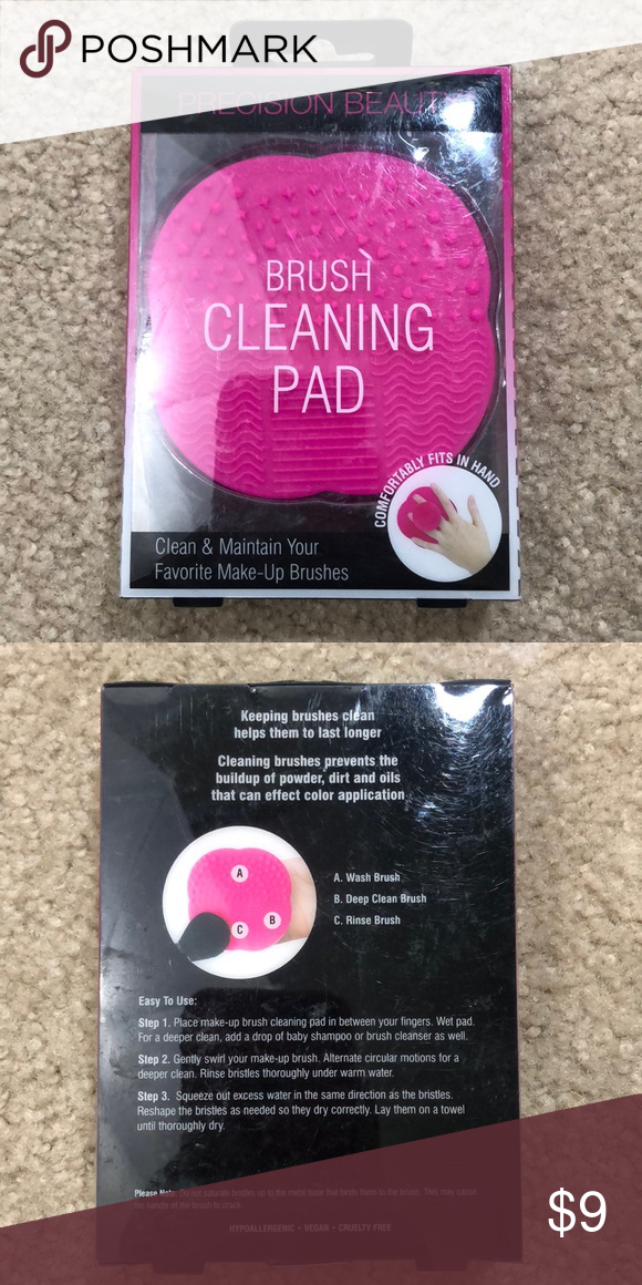 Makeup brush cleaning pad - new in box Makeup brush cleaning