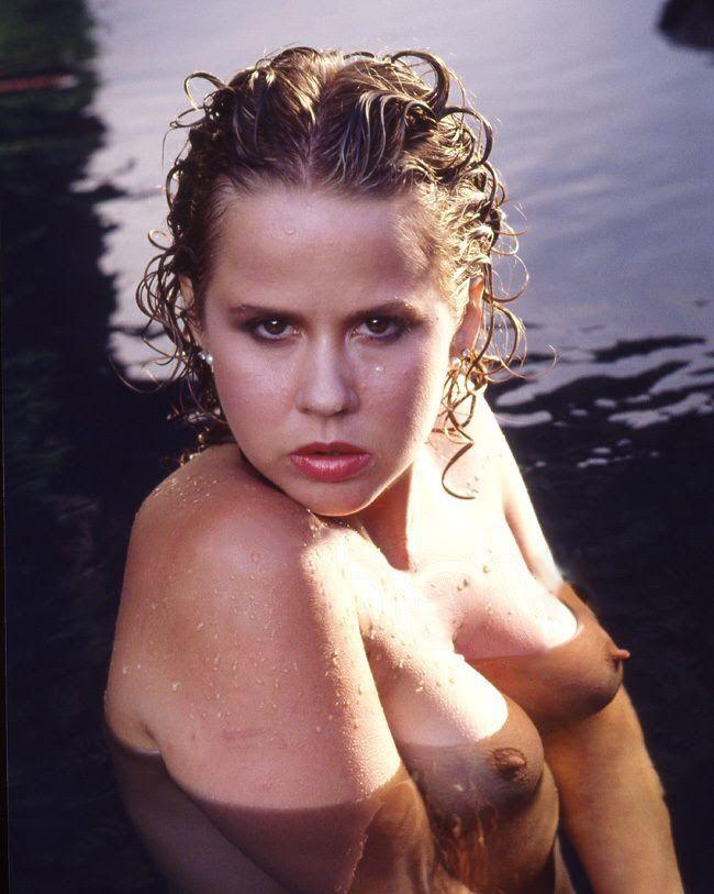 Sexy nude figure female