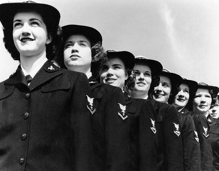 Life of men/women in the navy in WWII thesis?
