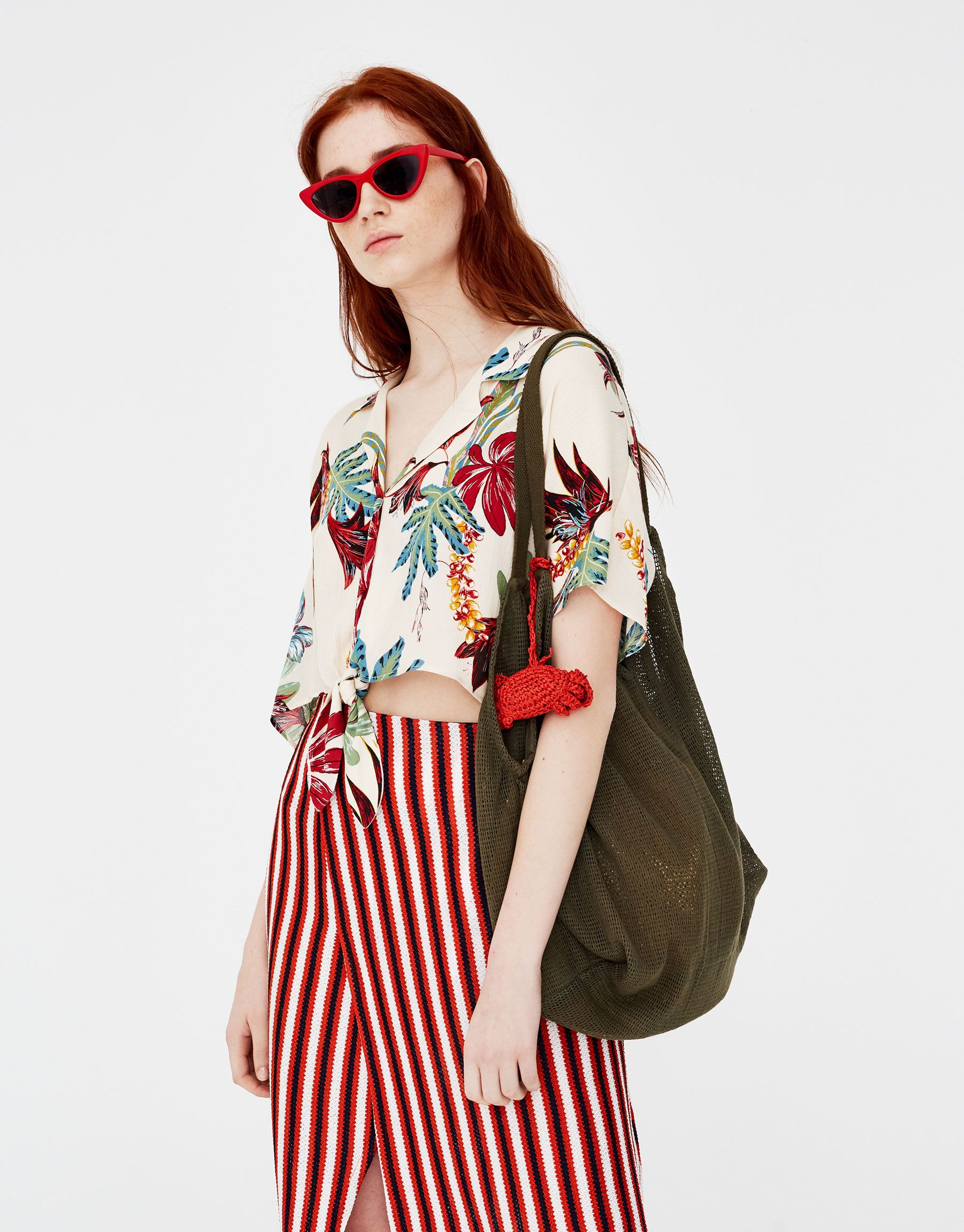 de98698b91 Tropical shirt with knot - New - Woman - PULL BEAR Singapore