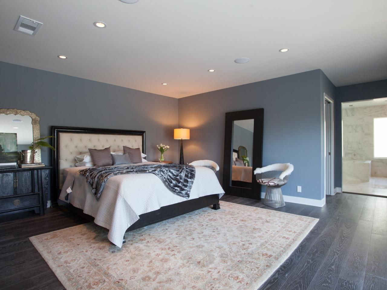 Our Favorite Makeovers From House Hunters Renovation Home Bedroom Contemporary Bedroom Home Decor Bedroom