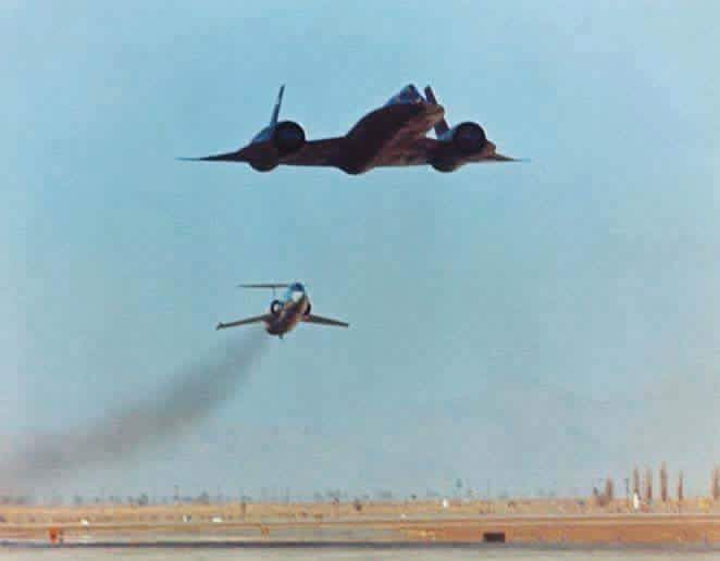SR-71 and F-104 as the chase plane  | Lockheed A-12 / SR-71