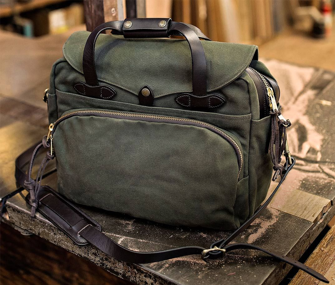 39284692fbfd Filson Rugged Twill Padded Computer Bag 11070258-Otter Green