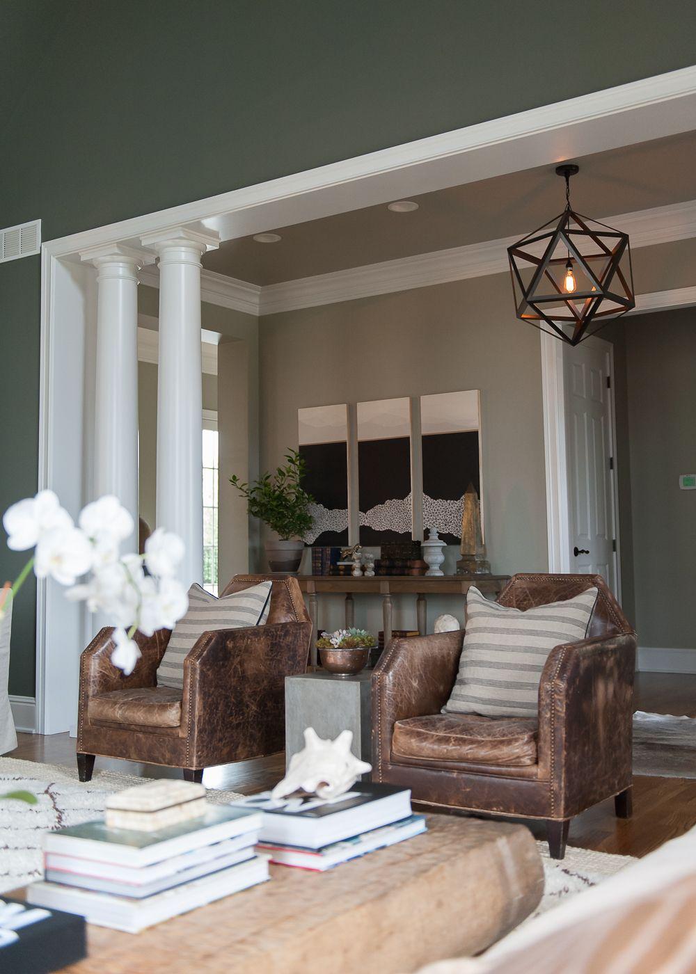 offener raum; bogen; sessel; weißer rahmen | home & decor ...