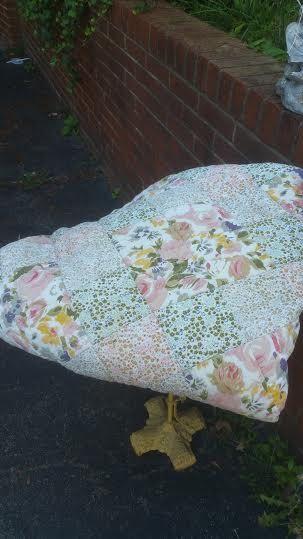 Vintage Pink Floral Shabby Chic Quilt - Vintage Bedding - Vintage Quilt - Vintage Bedspread - Cottage Chic Bedding - Shabby Chic Bedding by MyHailiesHaven on Etsy