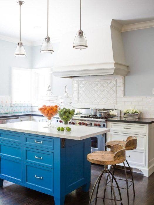 Cocinas Modernas Con Isla Cocina Moderna Isla Madera Azul Gallery Blue Kitchen Designs Blue Kitchen Island Kitchen Island Design