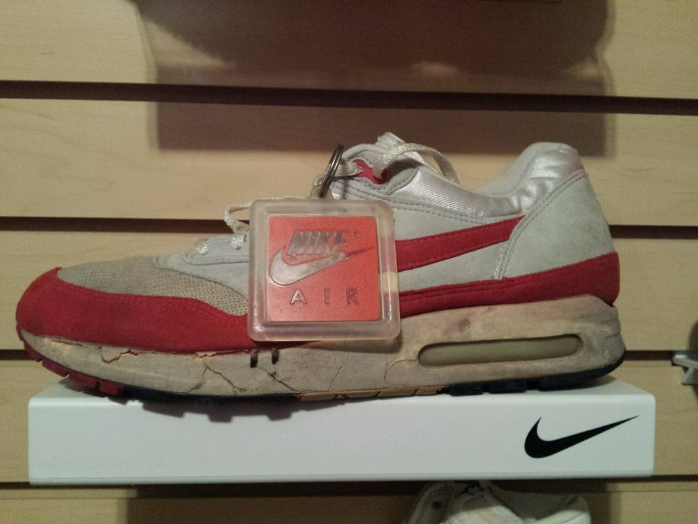huge discount bf8f6 bac83 VTG OG Nike Air Max 1 1987 Big Bubble size 11 white red  Nike   AthleticSneakers