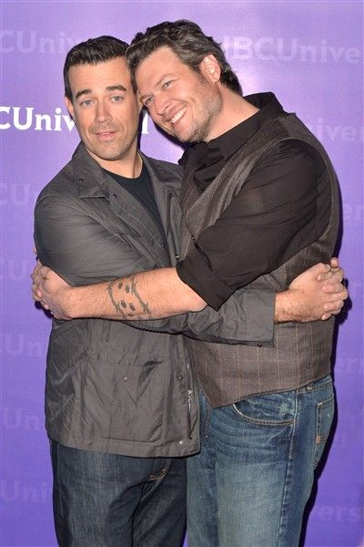 Carson Daly And Blake Shelton Of The Voice Share A Private Moment