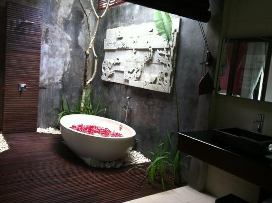 Gallery For  Outdoor Luxury Bathroom  Beautiful Bathrooms Interesting Luxury Outdoor Bathrooms Inspiration