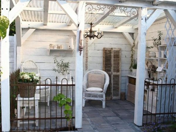 veranda bauen amerikanische holzhuser holzpergola steinboden
