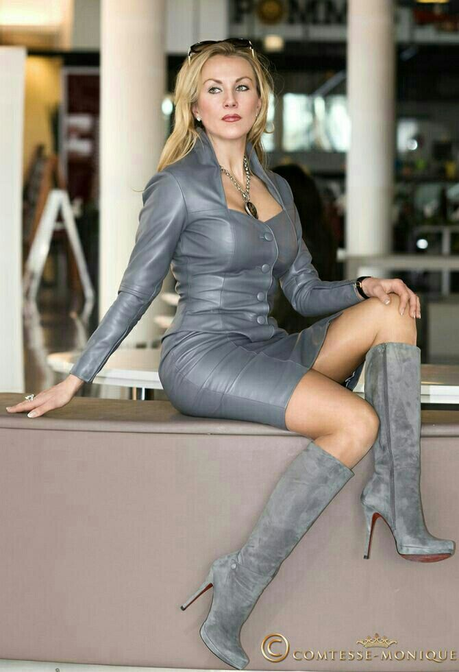 Pin auf Beauties in Boots