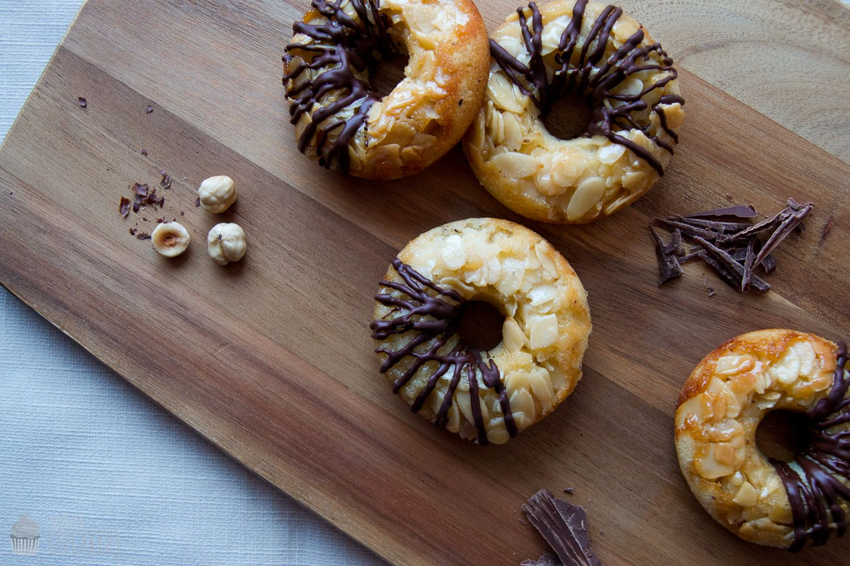 Saras Cupcakery: Ein Klassiker modern interpretiert {Nussecken Donuts}
