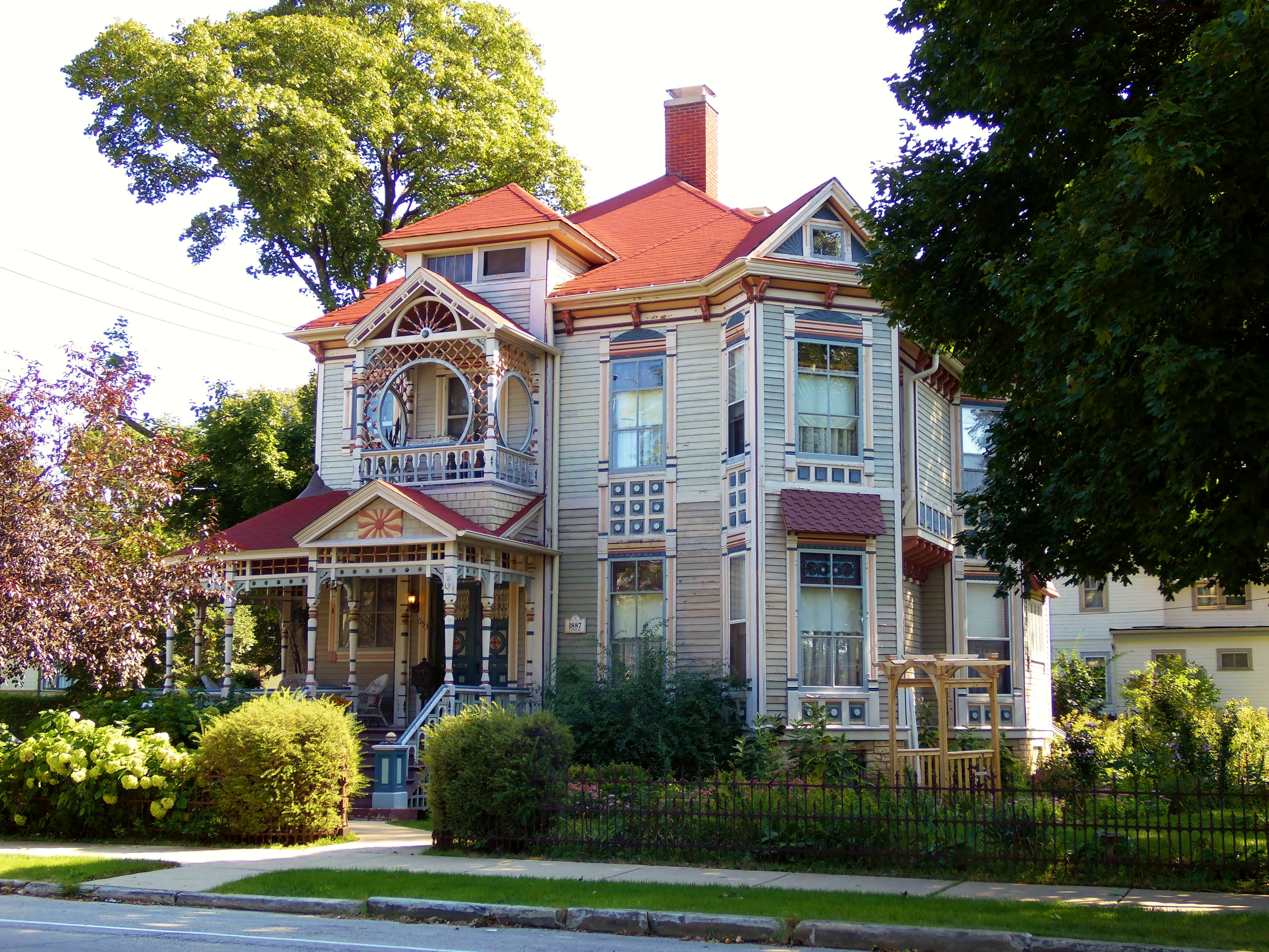 Incredible Victorian Painted Lady In Elgin Elgin Illinois Yesterday Interior Design Ideas Clesiryabchikinfo