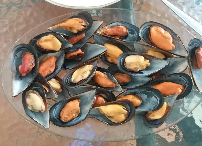 Mejillones frescos en salsa para #Mycook http://www.mycook.es/cocina/receta/mejillones-frescos-en-salsa